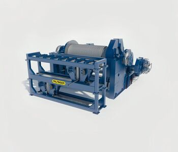 Towing and mooring winches